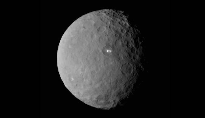 Punto brillante sobre Ceres. Fotografía tomada a 46.000 kilómetros de distancia. Autor: NASA / JPL-Caltech / UCLA / MPS / DLR / IDA