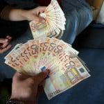 La mitad de los empresarios españoles consideran que los sobornos son habituales
