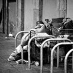 Los que necesitan ayuda, cada día  son más pobres